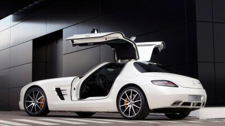 Mercedes-benz sls amg e-cell Wallpaper