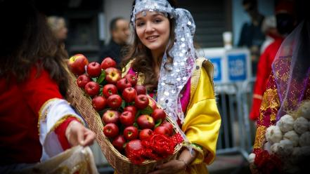 Women apples kurdistan sarbast kurdish wallpaper
