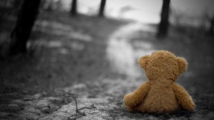 (children) lonely selective coloring nostalgia sadness grief wallpaper