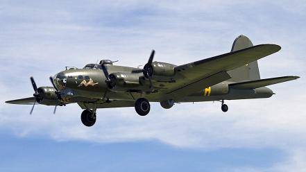 Airplanes bomber boeing b17 flying fortress Wallpaper