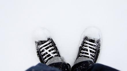 Snow shoes converse Wallpaper