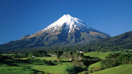 Mount Taranaki wallpaper