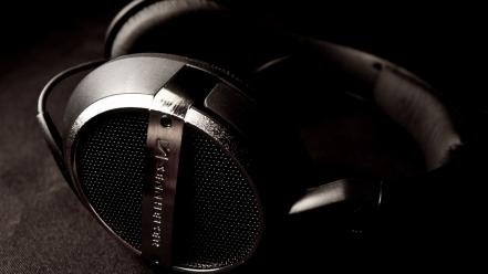 Headphones hi-tech wallpaper