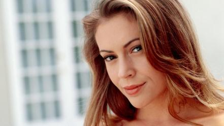 Alyssa Milano Face wallpaper