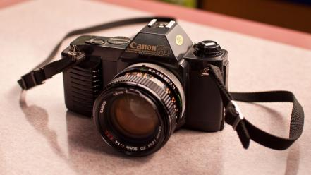 Retro cameras canon wallpaper