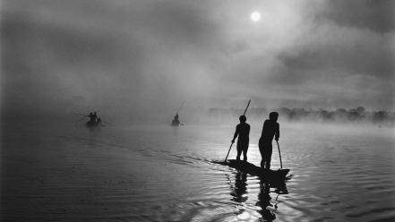 Moon brazil boats monochrome lakes sebastião salgado Wallpaper