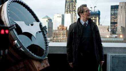 Dark knight rises commissioner gordon bat signal wallpaper