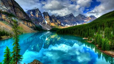 Beautiful blue lake wallpaper
