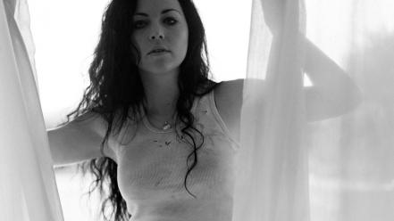 Amy lee grayscale wallpaper