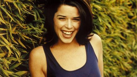 Neve Campbell Smile wallpaper