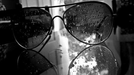 Glasses monochrome water drops aviator wallpaper