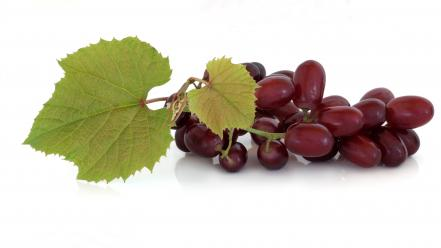 Grapes white background Wallpaper