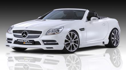 White mercedes-benz Wallpaper