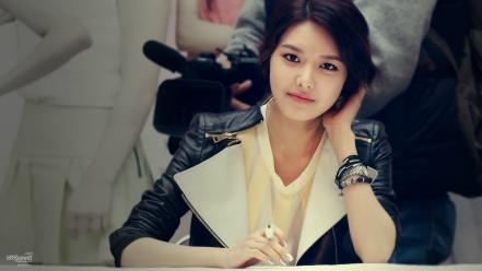 Celebrity asians korean choi sooyoung leather jacket wallpaper