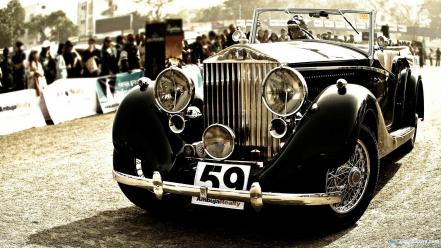 Vintage rolls royce car wallpaper