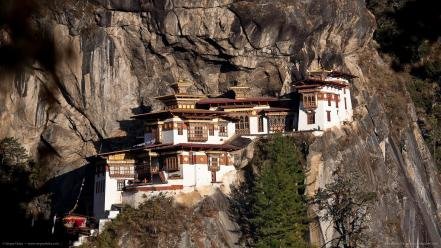 Mountains architecture buildings oriental monastery awsome cliff Wallpaper
