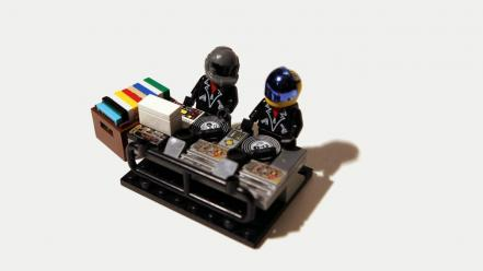 Djs daft punk legos wallpaper