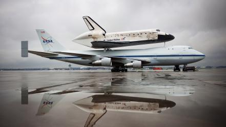 Shuttle carrier aircraft space discovery rocket wallpaper