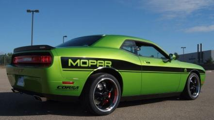 Dodge challenger srt green wallpaper