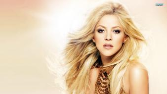 Blondes women shakira singers Wallpaper