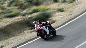 Yamaha Yzf-R1 Highway wallpaper