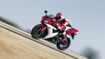 Yamaha Yzf-R1 Speed wallpaper