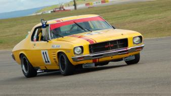Yellow holden hq gts monaro aussie car wallpaper