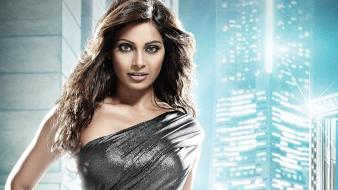 Bipasha Basu 13 wallpaper