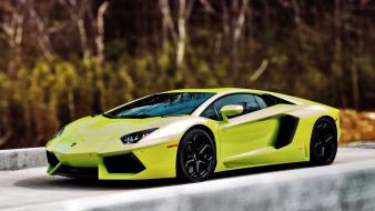 Lamborghini tilt-shift green cars wallpaper
