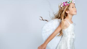 Wings simple background children wallpaper