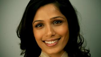 Women actress celebrity freida pinto faces black hair wallpaper