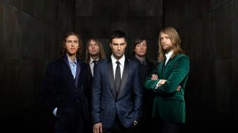 Adam levine maroon 5 band male music Wallpaper