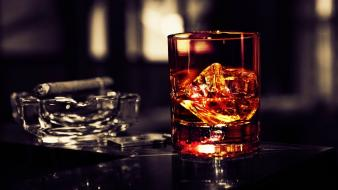 Alcohol cigars contrast ice scotch wallpaper