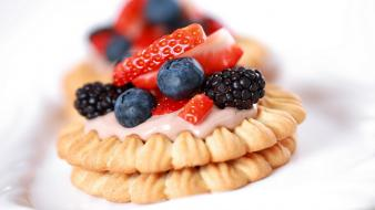 Berries cookies desserts food Wallpaper