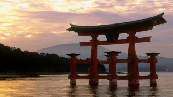 Itsukushima shrine japan sunset torii wallpaper