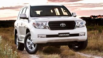 Toyota land cruiser cars Wallpaper