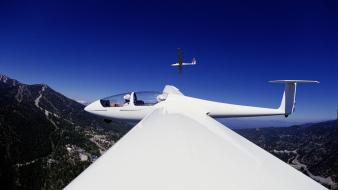 Aircraft glider wings wallpaper