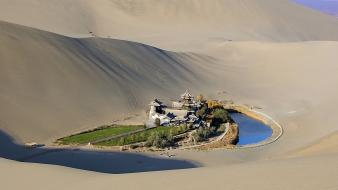 China oasis roads sand dunes silk wallpaper