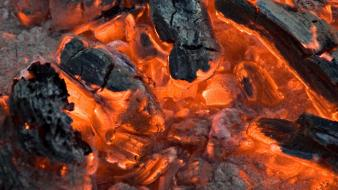 Heat tofix coal fire Wallpaper