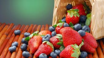 Baskets blueberries food fruits strawberries Wallpaper