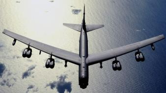 Airplanes bomber b-52 stratofortress Wallpaper
