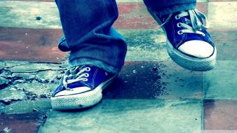 Floor shoes converse all star blue Wallpaper