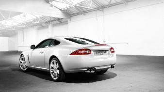 Jaguar Xkr Hdtv 1080p Hd Wallpaper