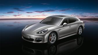 Porsche Panamera Turbo Hd wallpaper
