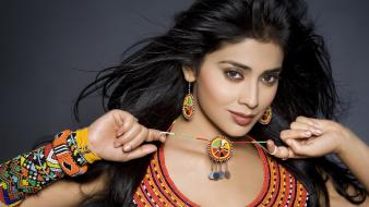Shriya saran wallpaper