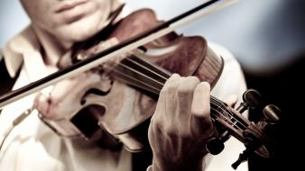 Artistic music violinist wallpaper