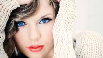 Taylor swift blondes blue eyes cardigan closeup wallpaper