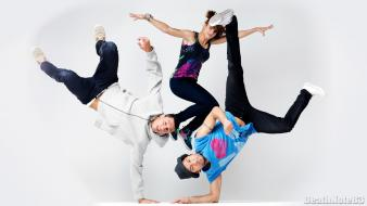Dance dancers dancing breakdancing b-boy b-girl Wallpaper