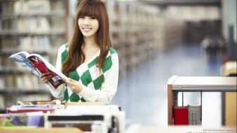 Japanese people books asians faces bookcase girls Wallpaper