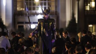 Tom hiddleston gods the avengers (movie) sceptres wallpaper